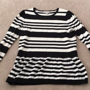 Black & white 3/4 sleeve peplum sweater